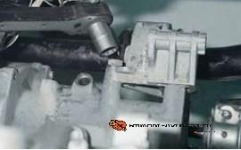 Кронштейн двигателя Ока