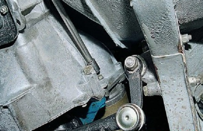 Снятие статера ВАЗ-2105