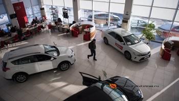 Покупка нового автомобиля в России