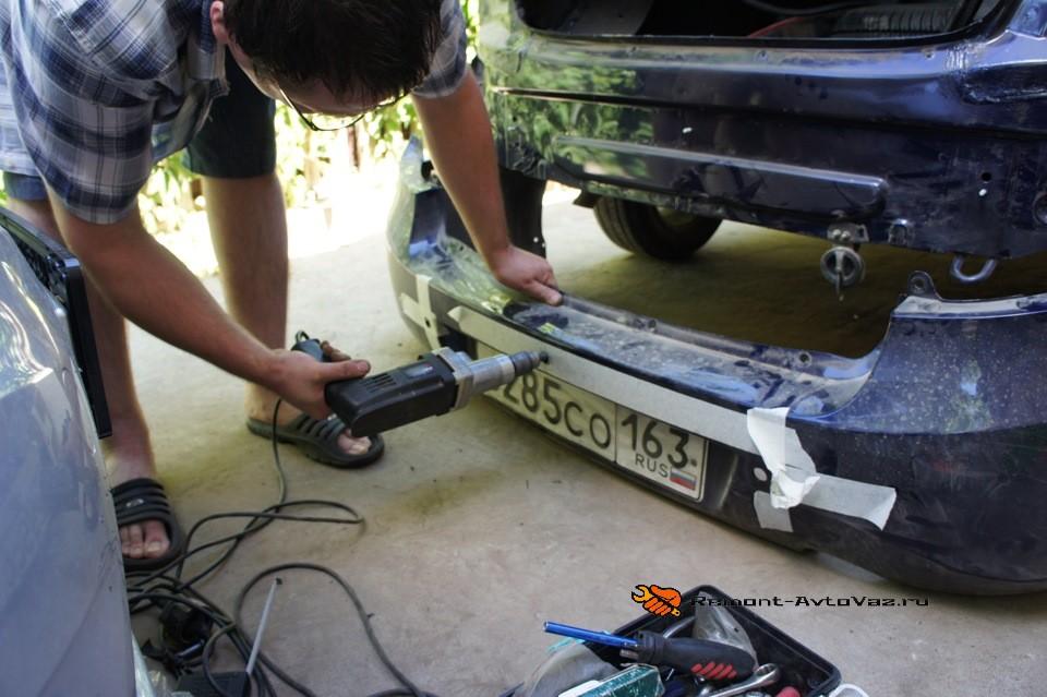 Демонтаж для установки камеры заднего вида Гранта