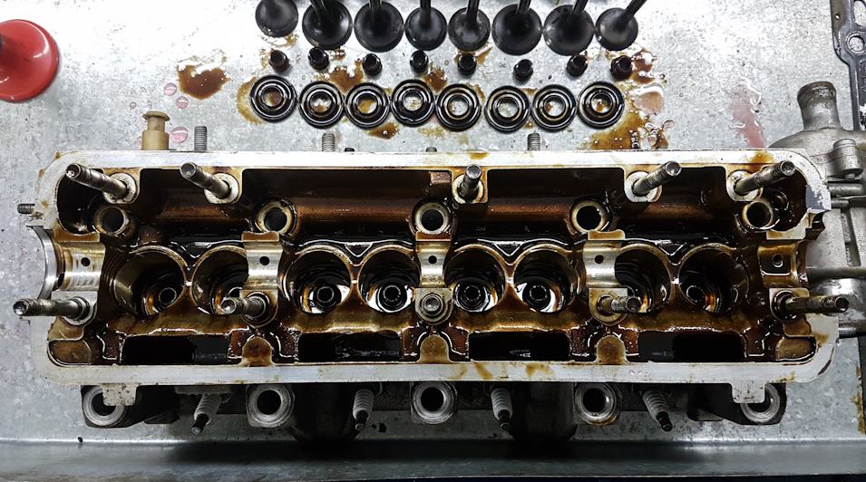 Замена клапанов на Лада Гранта 9
