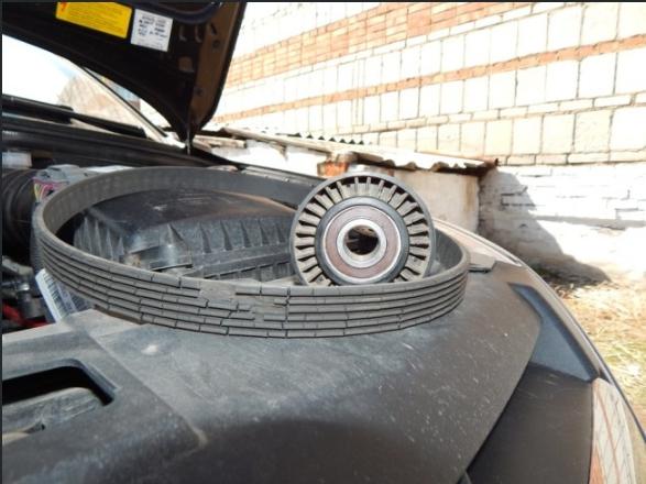 Замена ремня генератора на Лада Гранта 17