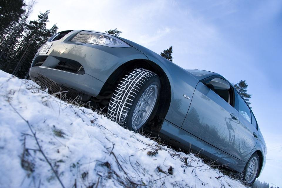 Тесты зимних шин в размере 215/60 R16 и R17
