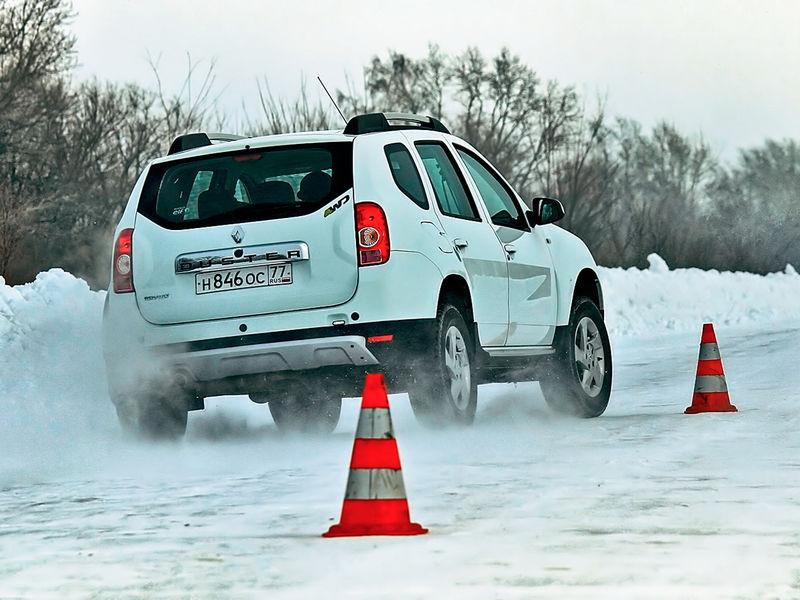 Тесты зимних шин на специальных полигонах