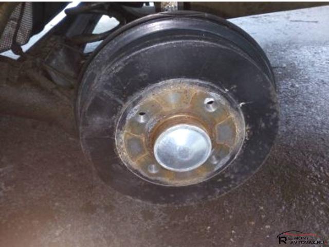Самостоятельной замена тормозного барабана на Лада Веста